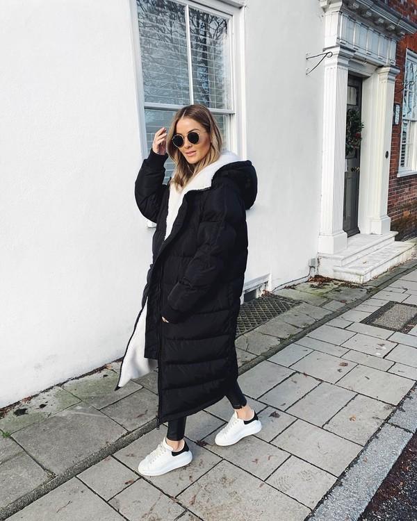 coat black coat puffer jacket white sneakers black leggings