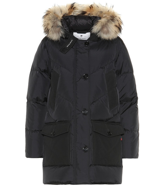 Woolrich Logo Parka down coat in black
