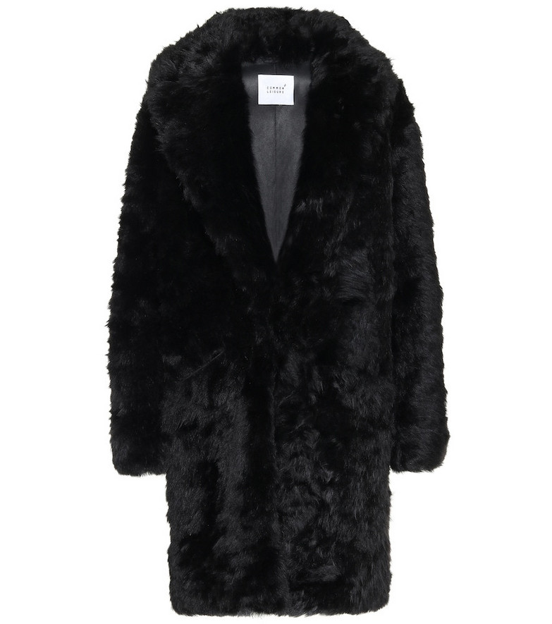 Common Leisure Dream shearling coat in black