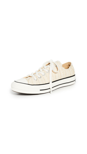 Converse Chuck 70 Ox Fray Sneakers in natural / ivory