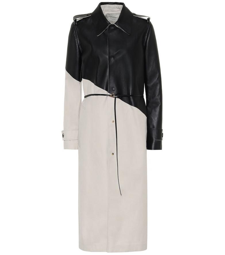 Bottega Veneta Leather and gabardine trench coat in beige
