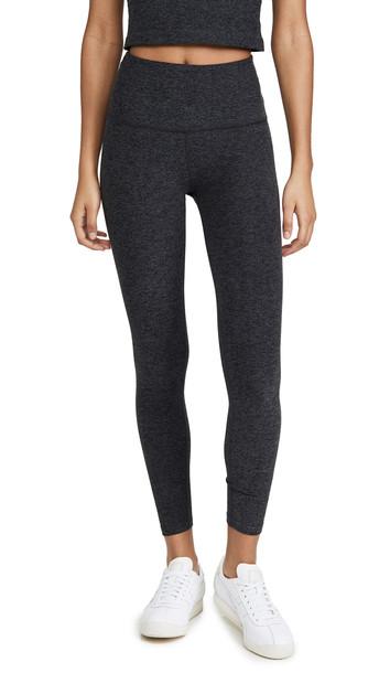 Beyond Yoga High Waisted Midi Leggings in black / charcoal