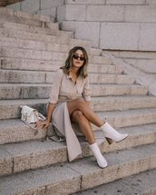 shoes,white boots,ankle boots,shirt dress,white bag