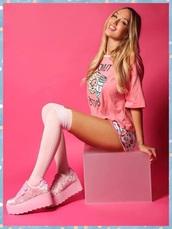 shoes,pastel goth,pastel,pastel shoes,pink shoes,platform shoes,kawaii,harajuku,cute,velcro sneakers,kawaii shoes