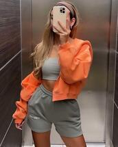jacket,top,shorts