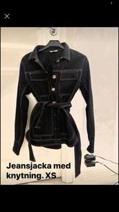 jacket,black and white,black jacket,denim jacket,fashion