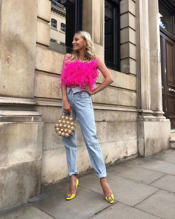 top crop tops feathers high waisted jeans pumps handbag