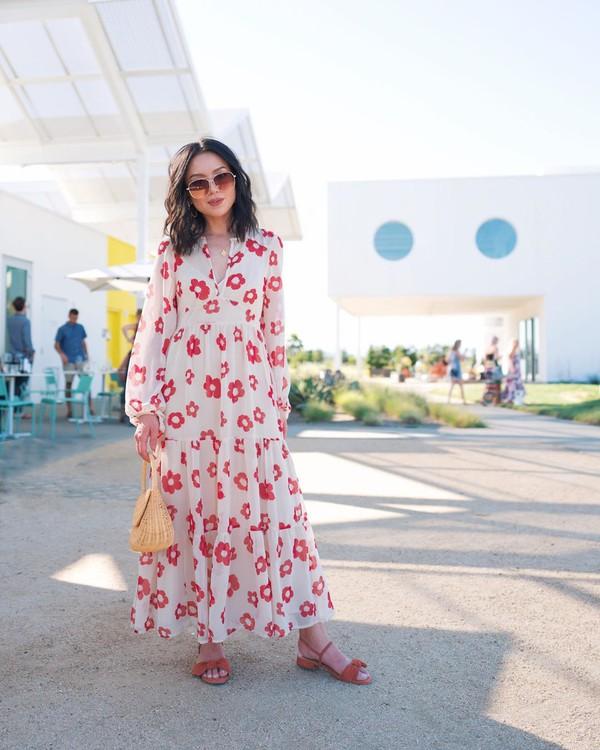 dress white dress floral dress long sleeve dress sandals handbag