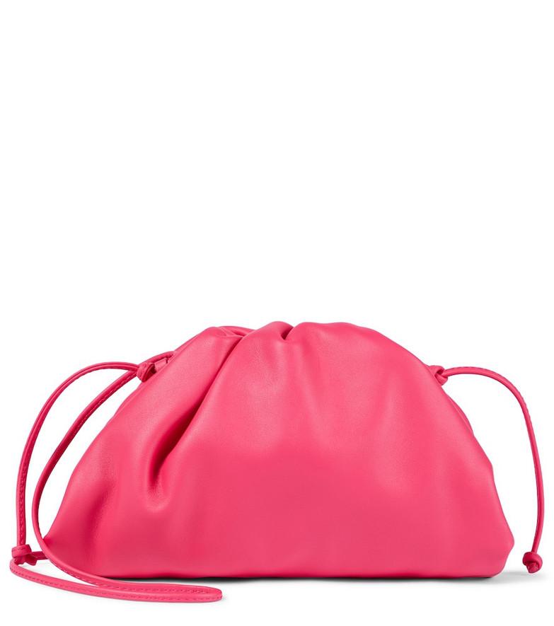 Bottega Veneta Pouch Mini leather clutch in pink