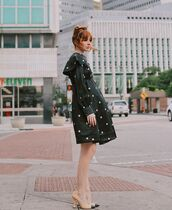 dress,black dress,polka dots,long sleeve dress,pumps,chanel