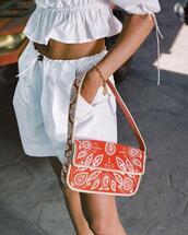 bag,shorts,top