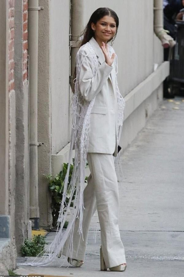 jacket zendaya celebrity suit blazer pants