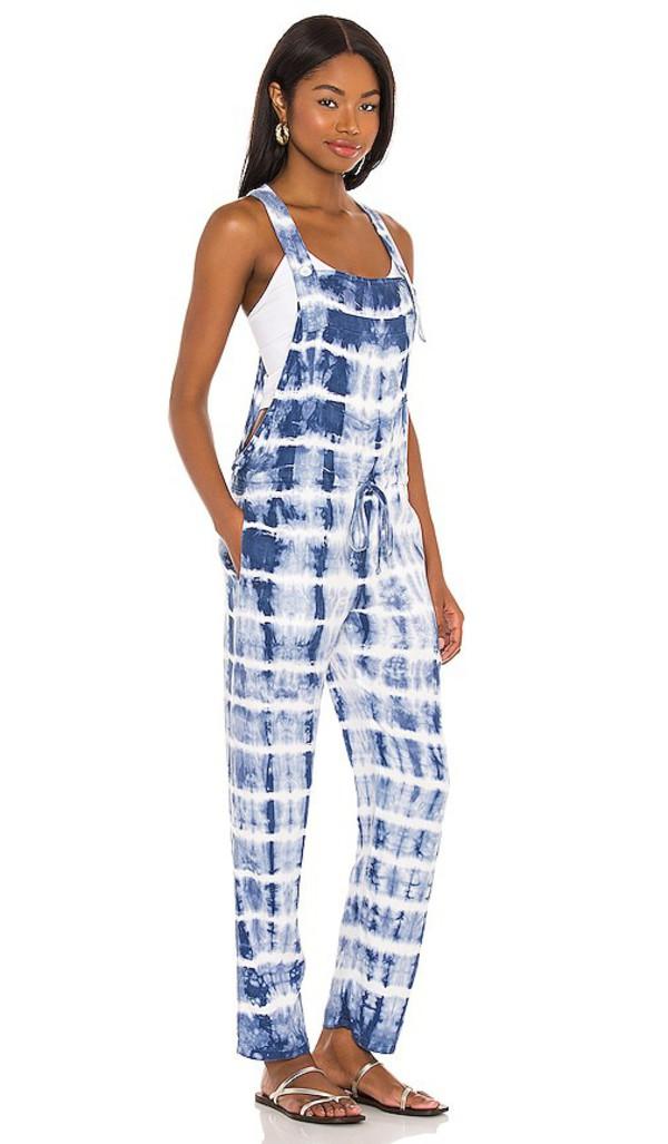 Bella Dahl Textured Tie Dye Overall in Blue in indigo