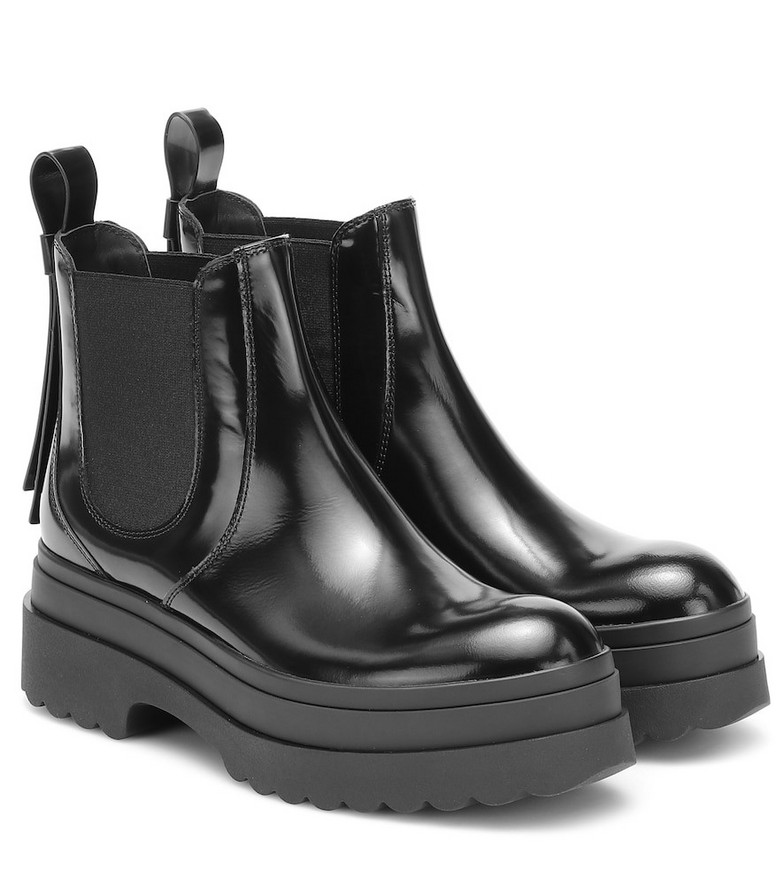 RED (V) RED (V) leather Chelsea boots in black