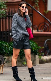 shorts,black boots,katie holmes,celebrity,sweater,fall outfits,fashion week