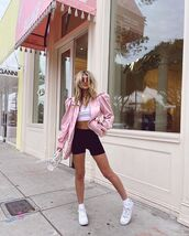 shorts,black shorts,black leggings,white sneakers,pink jacket,white bag