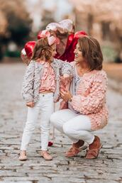 something delightful,blogger,cardigan,top,jeans,jewels,chunky sweater,mother and child