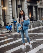 coat,faux fur coat,white sneakers,skinny jeans,gucci bag,grey sweater,turtleneck sweater