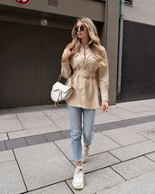 top,shirt,zara,sneakers,cropped jeans,dior bag