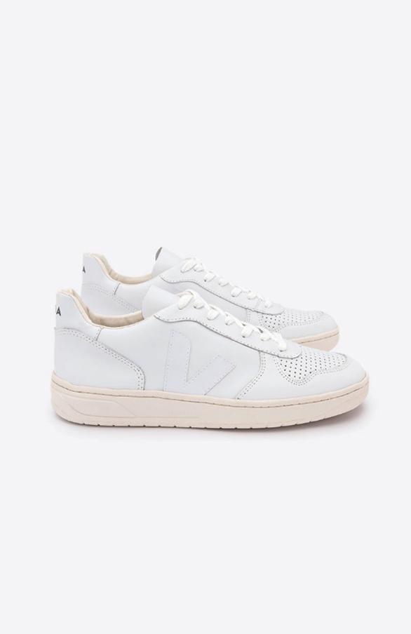 V10 Leather Sneaker - Extra White