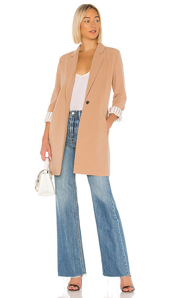 cupcakes and cashmere Haarlem Blazer Coat in Tan