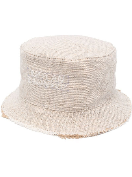 Ruslan Baginskiy stitched-logo bucket hat in neutrals