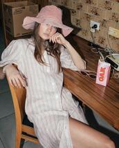 hat,dress