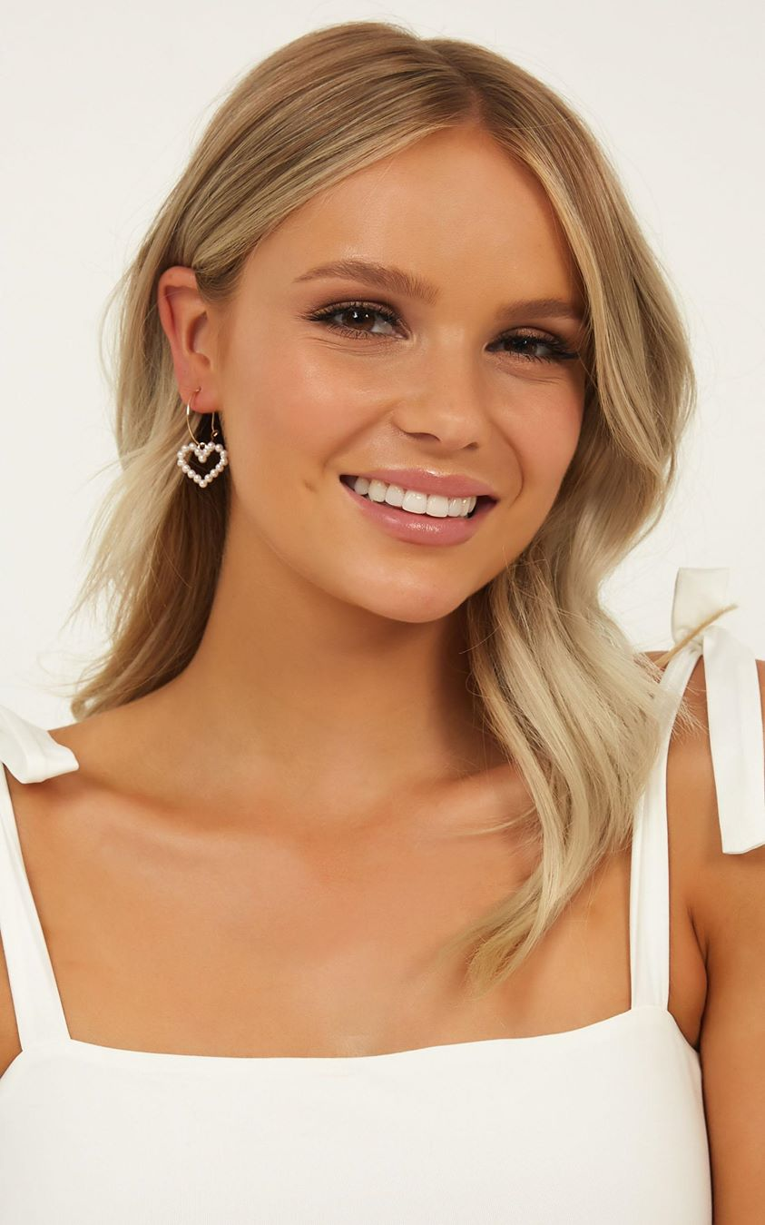 Through And Through Earrings In Pearl