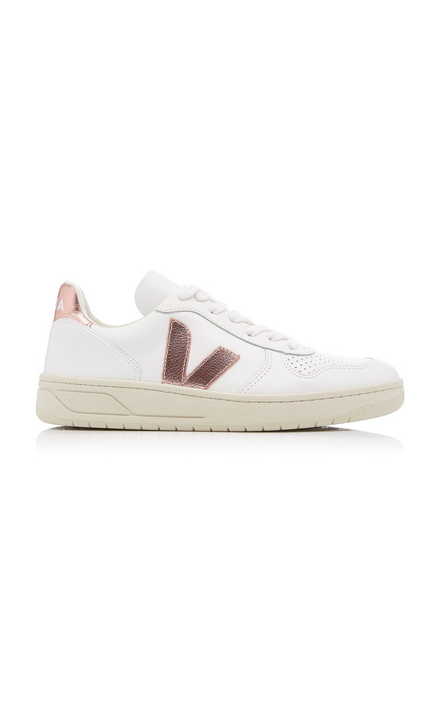 VEJA V-10 Low-Top Leather Sneakers in gold
