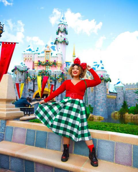 colormecourtney blogger top belt shoes jewels skirt t-shirt dress sweater checkered skirt red sweater boots