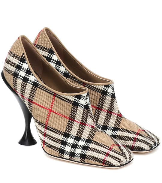 Burberry Tripton checked canvas pumps in beige