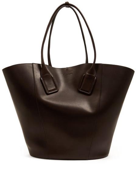 Bottega Veneta - Basket Large Leather Tote Bag - Womens - Brown