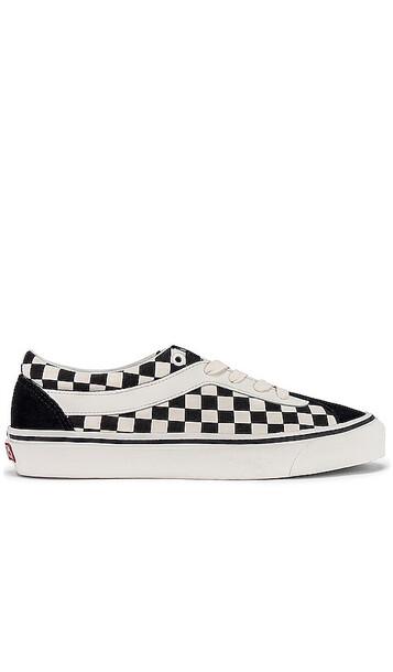 Vans Checkered Sneakers in Black