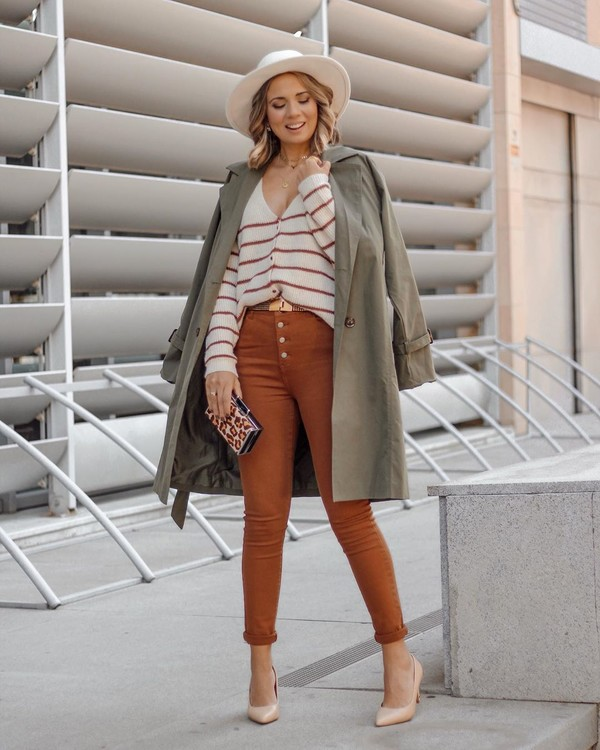 jeans skinny jeans pumps trench coat cardigan striped sweater hat bag