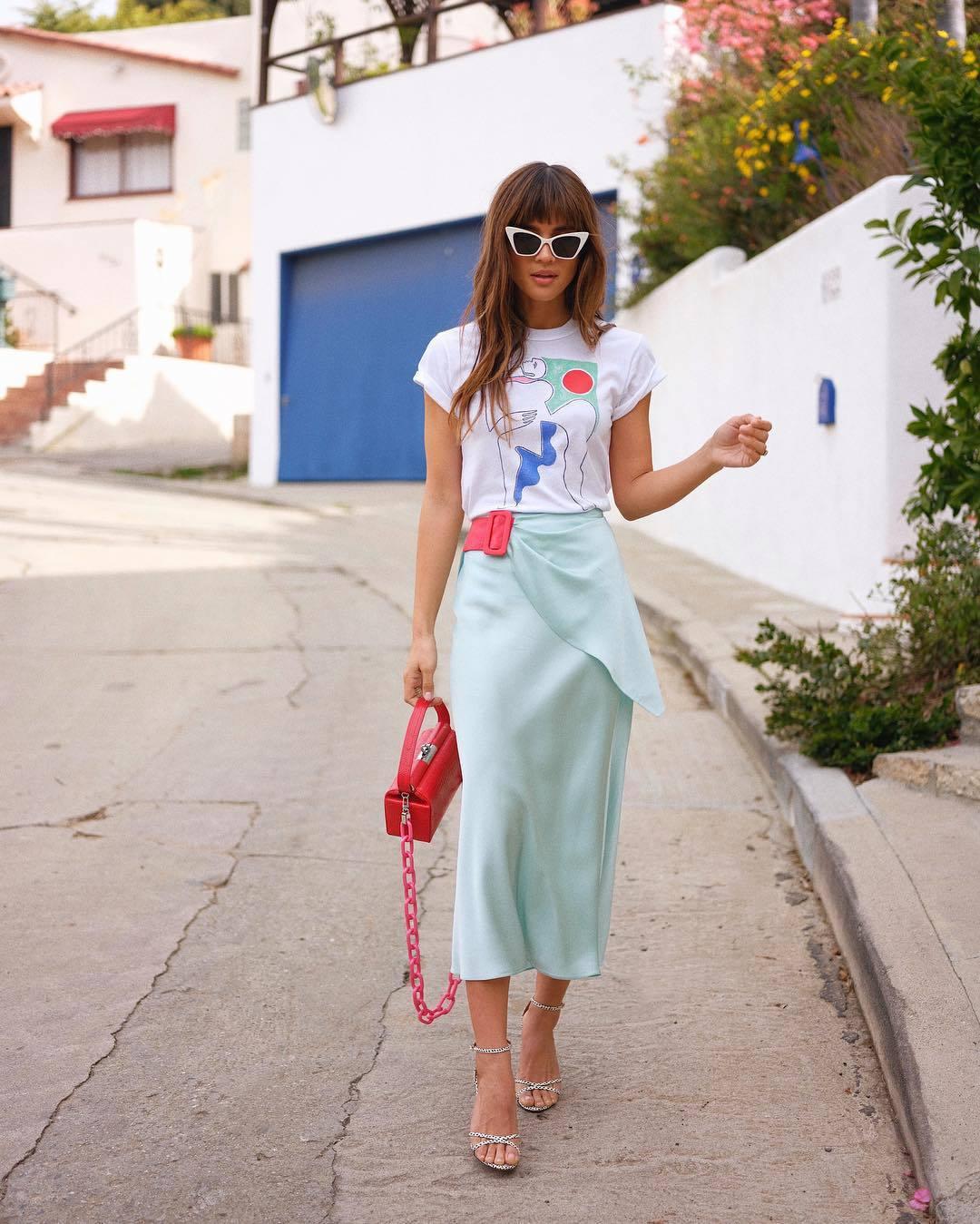 top white t-shirt midi skirt blue skirt satin sandals pink bag skirt light blue rocky barnes instagram blogger t-shirt spring outfits