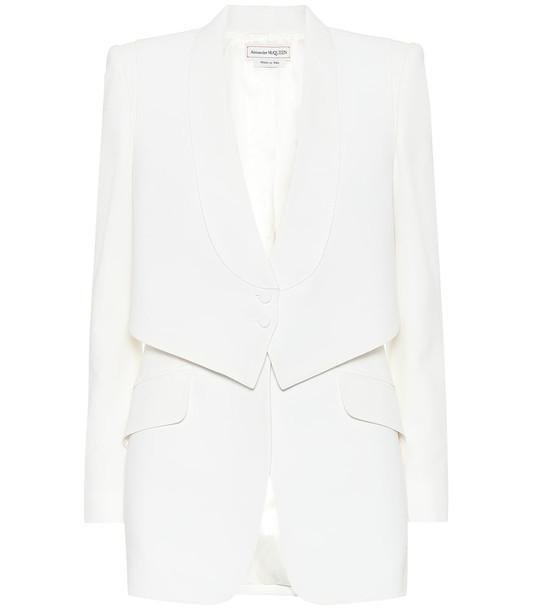 Alexander McQueen Crêpe blazer in white