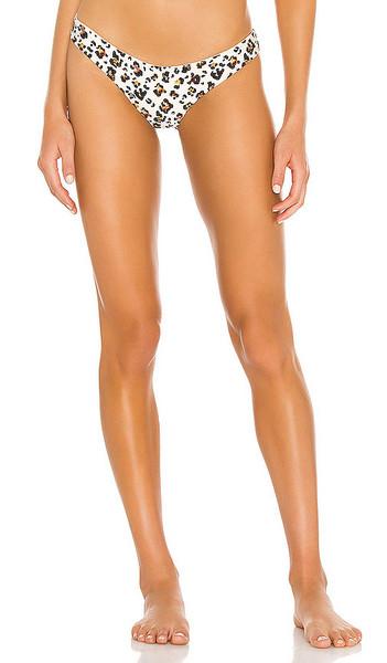 Beach Bunny Aria Skimpy Bikini Bottom in Brown in leopard