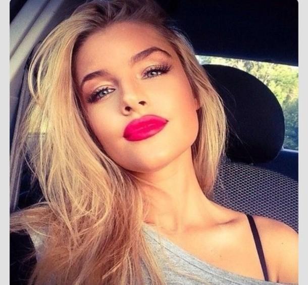 nail polish lipstick fuschia bright
