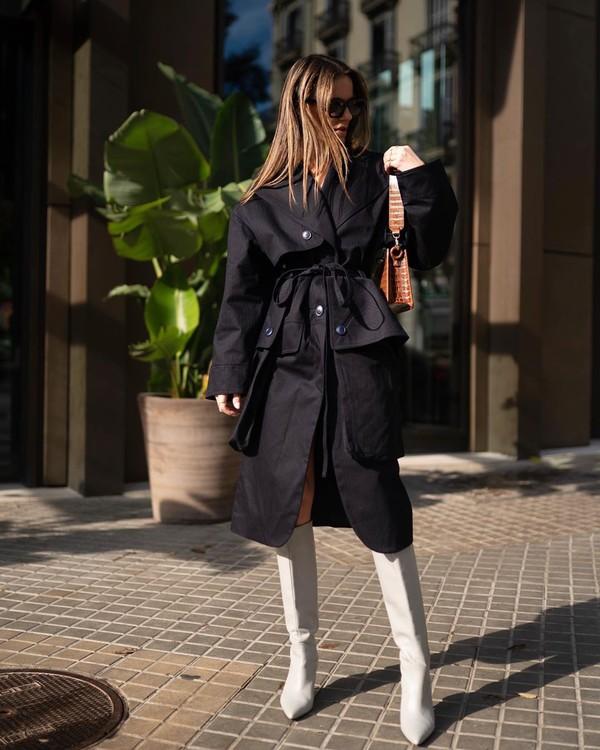 coat jacquemus white boots knee high boots shoulder bag