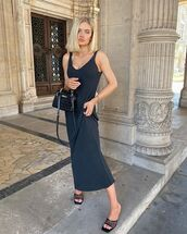 dress,maxi dress,black dress,black sandals,black bag