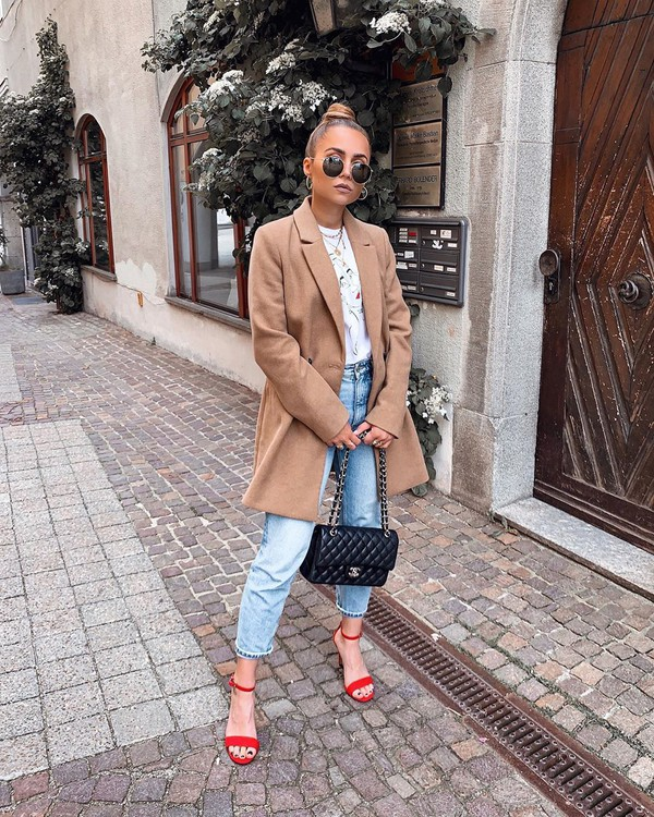 coat double breasted sandal heels high waisted jeans chanel bag white t-shirt