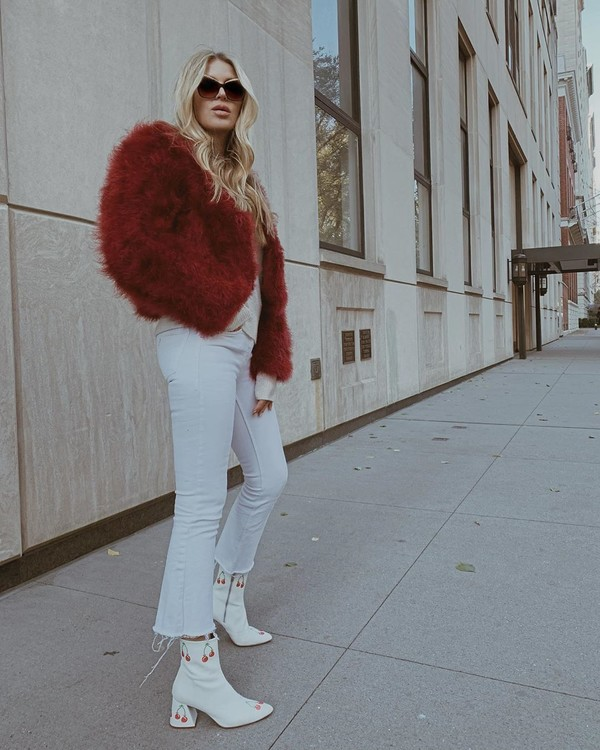 coat faux fur coat cropped jeans ankle boots sweater white boots