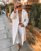 coat,trench coat,topshop,long coat,white coat,brown boots,high waisted jeans,white jeans,belt,knitted sweater