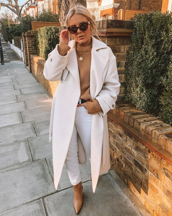 coat trench coat topshop long coat white coat brown boots high waisted jeans white jeans belt knitted sweater