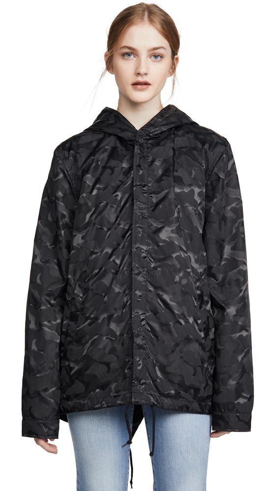 Alpha Industries Camo Fishtail Jacket in black