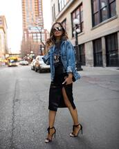jacket,denim jacket,levi's,oversized jacket,black skirt,slit skirt,black sandals,black t-shirt,gucci bag