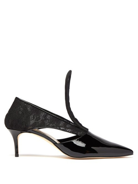 Christopher Kane - Cut Out Lace Insert Patent Leather Pumps - Womens - Black
