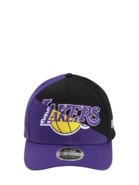 NEW ERA Nba Team Split Stretch Snap Baseball Hat in black / purple