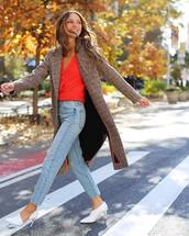 coat,long coat,plaid,white shoes,pumps,jeans,blouse,casual,streetwear