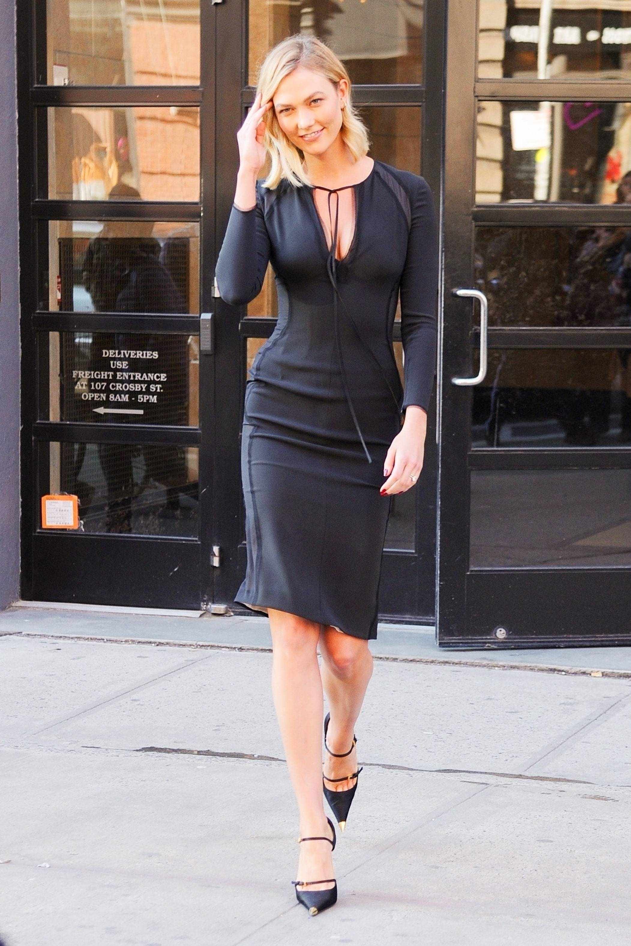 shoes spring outfits spring dress midi dress black dress karlie kloss celebrity pumps